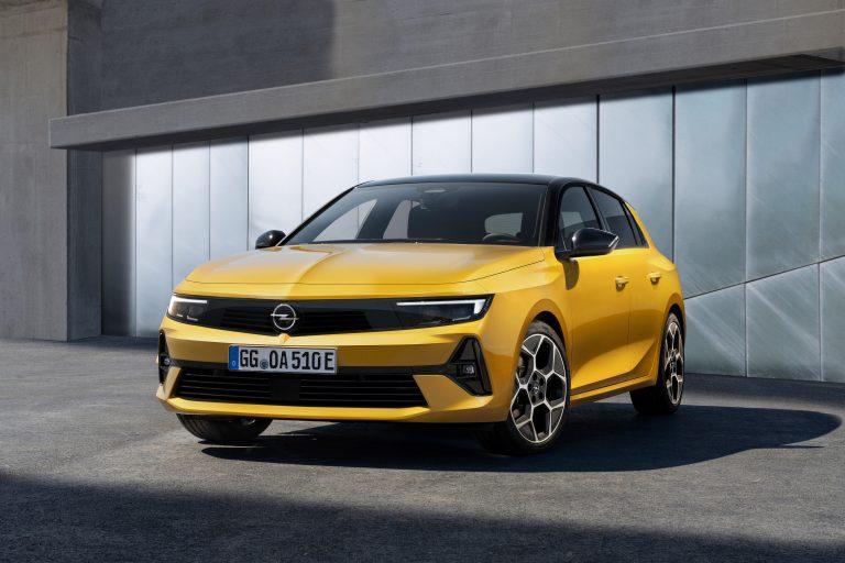 30 години Opel Astra: компактен бестселър и посланик на промяната