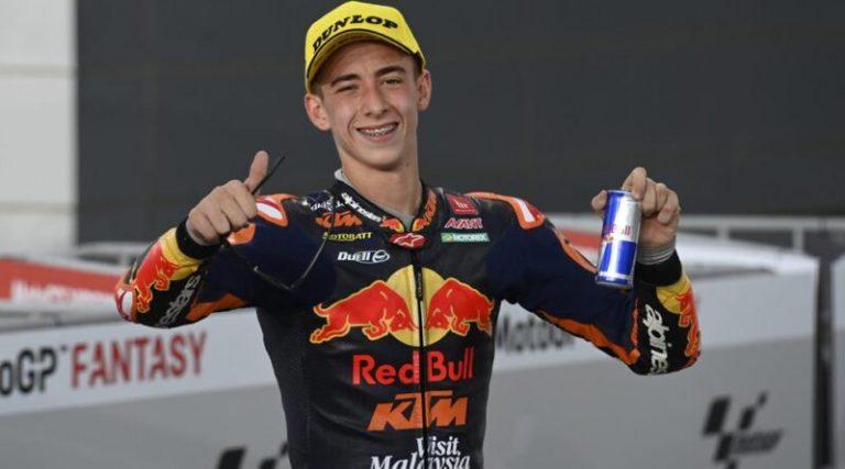 Moto3: Акоста печели победата в последната обиколка в Шпилберг