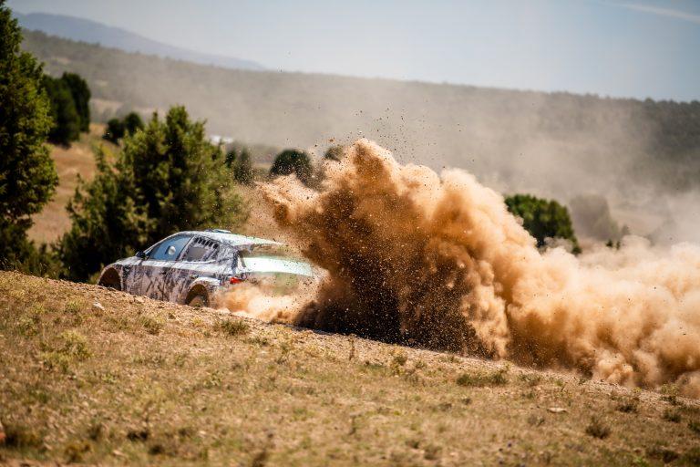 Следващото поколение Rally2 на ŠKODA FABIA влезе в тестова фаза