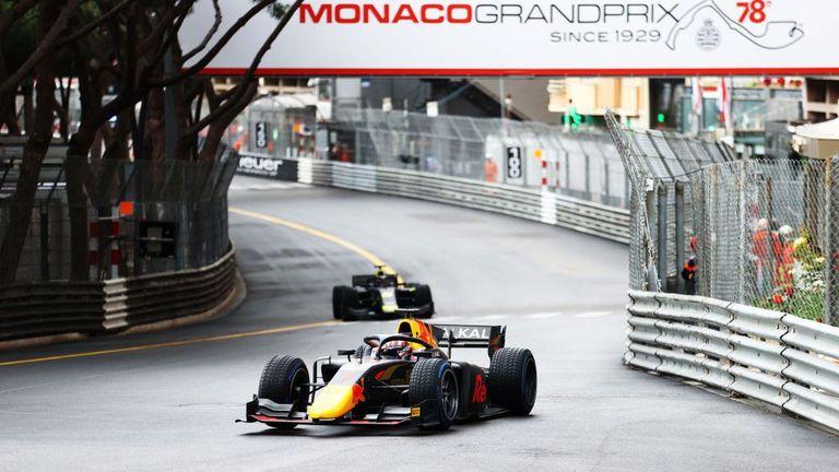 """Френски триумф в първия спринт от Формула 2 на """"Монца"""""""