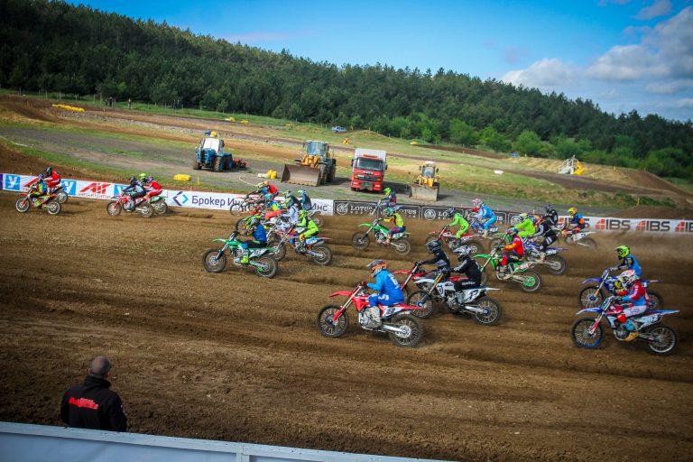 Над 100 състезатели със заявка за 3-ия кръг НШ по мотокрос на полигона в местността Докса баир